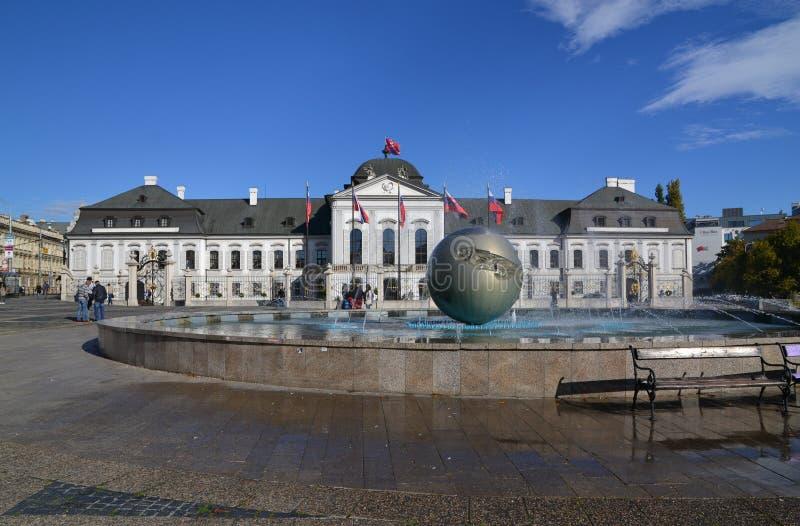 Palacio presidetial eslovaco imagen de archivo libre de regalías