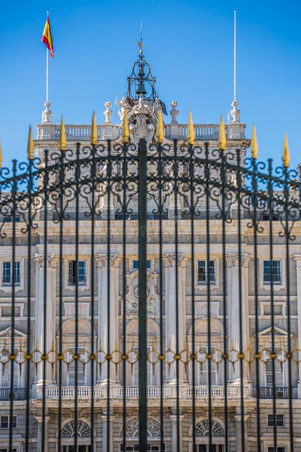 Palacio reale - palazzo reale spagnolo a Madrid fotografie stock libere da diritti