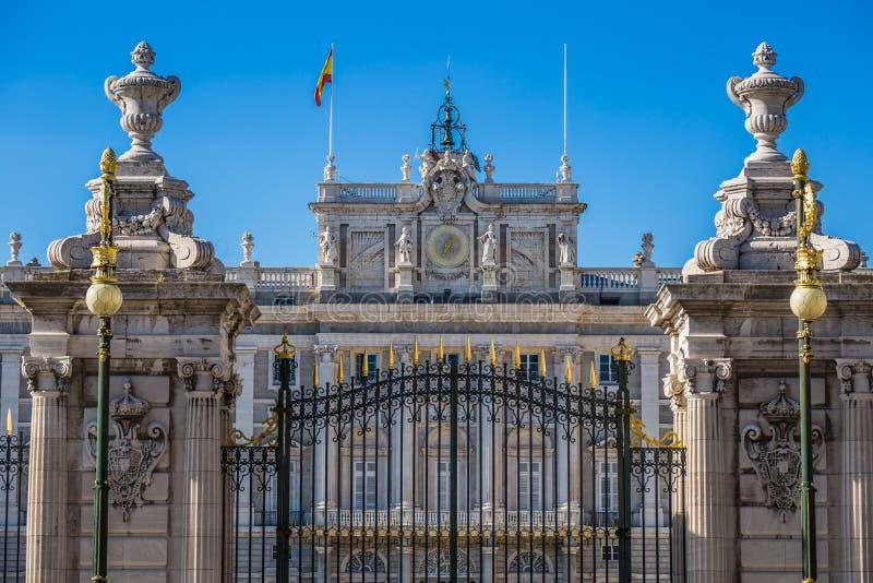 Palacio reale - palazzo reale spagnolo a Madrid fotografie stock