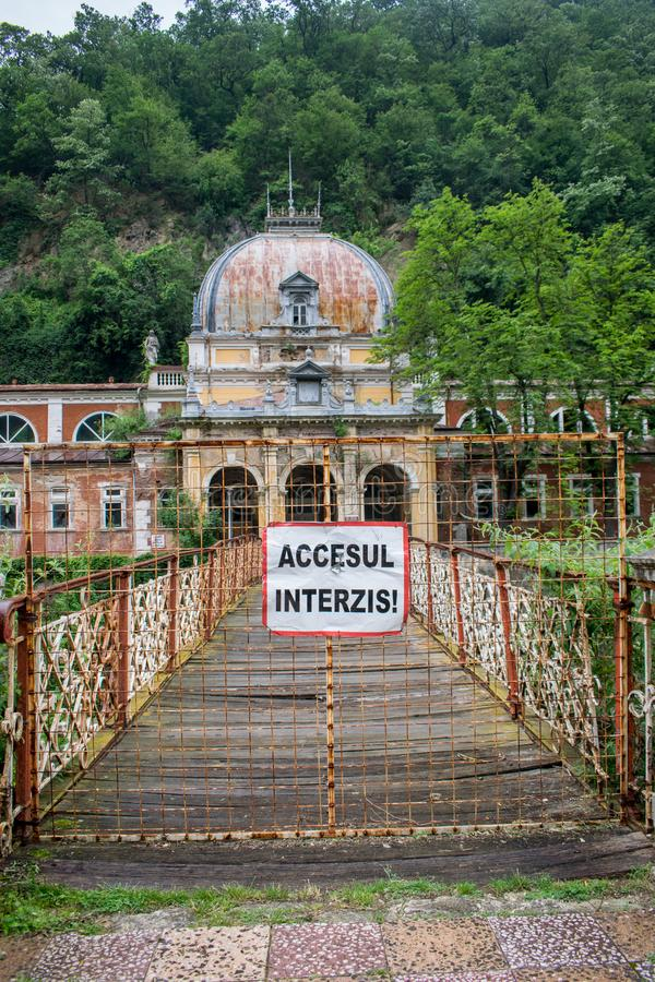 Palacio viejo 1880, ahora en ruinas los reyes y las reinas venían aquí curar diversas enfermedades con la ayuda de fotografía de archivo libre de regalías