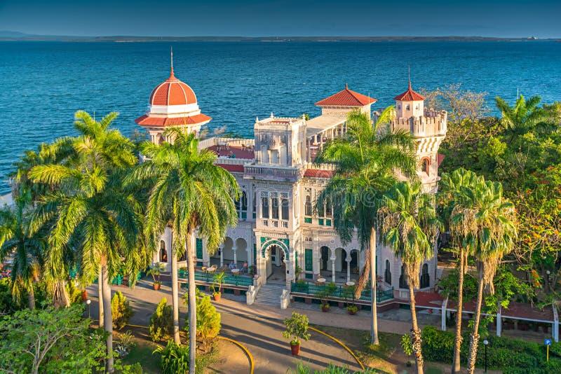 Palacioen de Valle i Cienfuegos, Kuba royaltyfri fotografi
