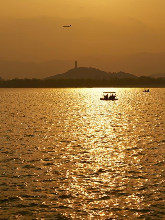 Palais d'été de coucher du soleil, Pékin, Chine images stock
