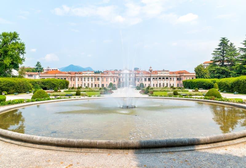 Palais d'Estense (Palazzo Estense) de Varèse, Italie image stock