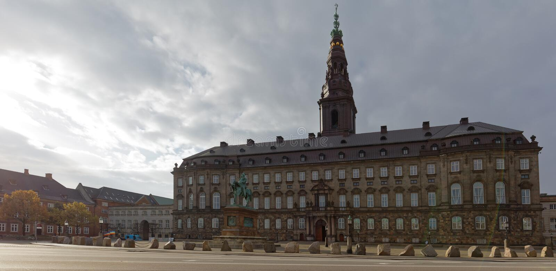 Palais de Christiansborg à Copenhague, Danemark photos stock