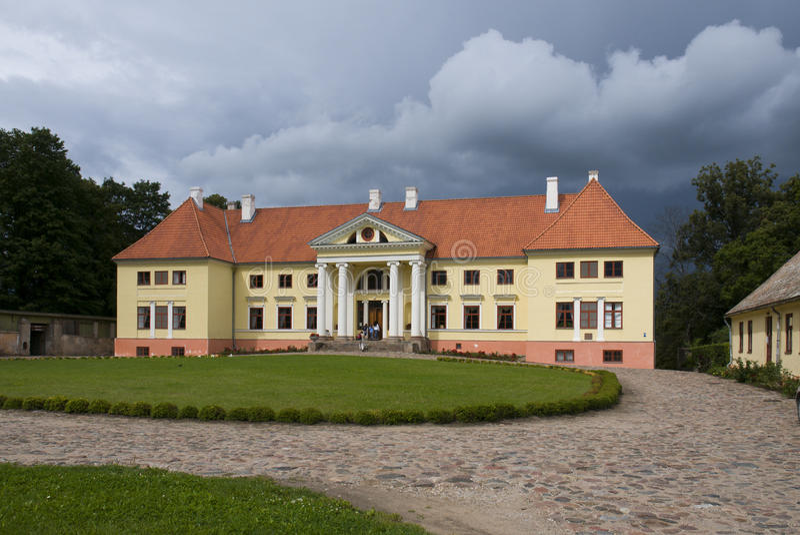 Palais de Durbe près de Tukums en Lettonie photos stock