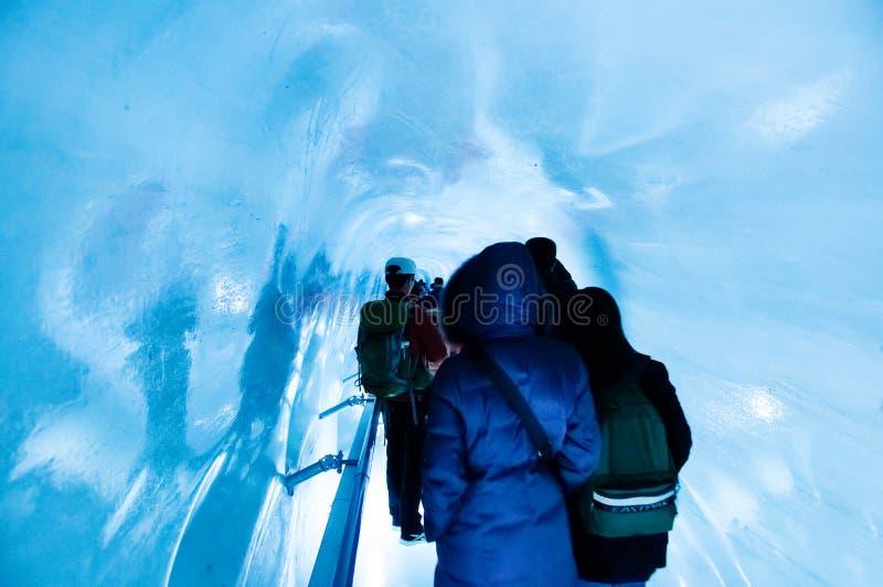 Palais de glace de Jungfrau, caverne de glace sous la crête de Jungfrau, Suisse photographie stock libre de droits