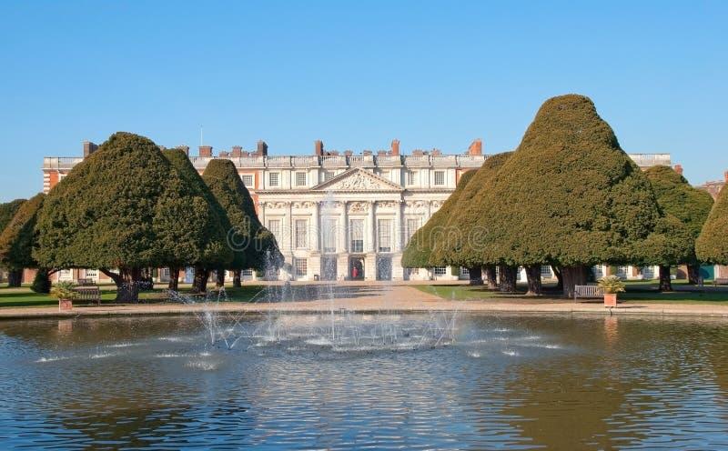 Palais de Hampton Court images stock