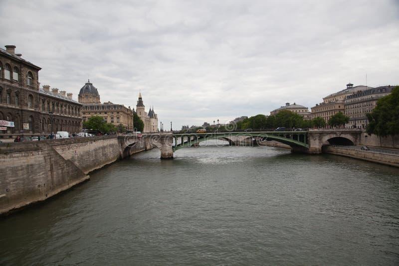 Download Palais De Justice, Ile De La Cite, París - Francia Foto de archivo - Imagen de prisión, señal: 44854640
