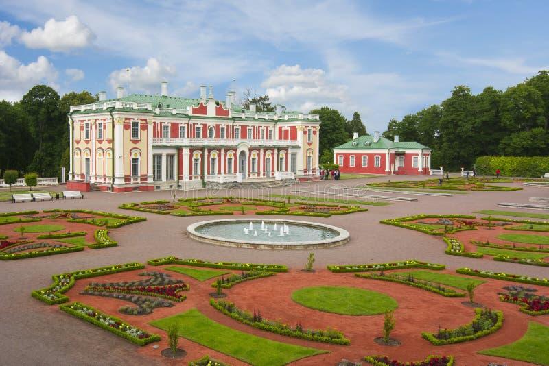 Palais de Kadriorg et jardin, Tallinn, Estonie images stock