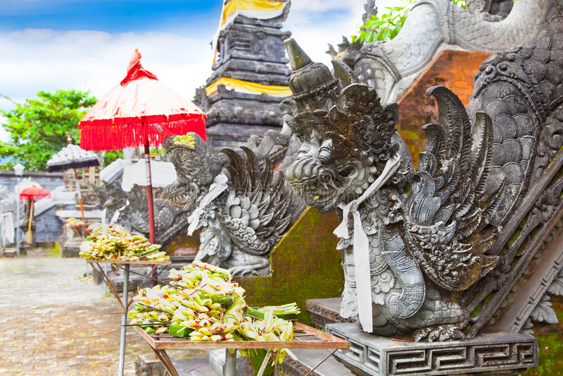 Palais de l'eau de Mayura, Mataram, Lombok, Indonésie photos libres de droits