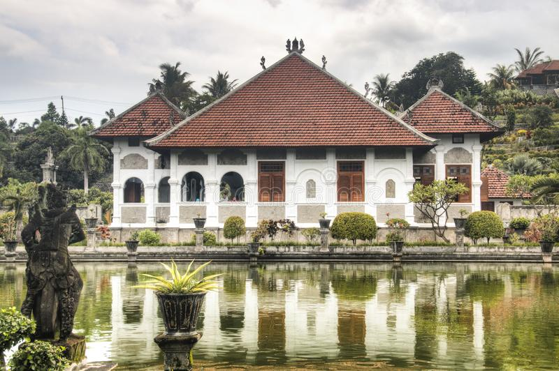 Palais de l'eau de Taman Ujung dans Bali image libre de droits