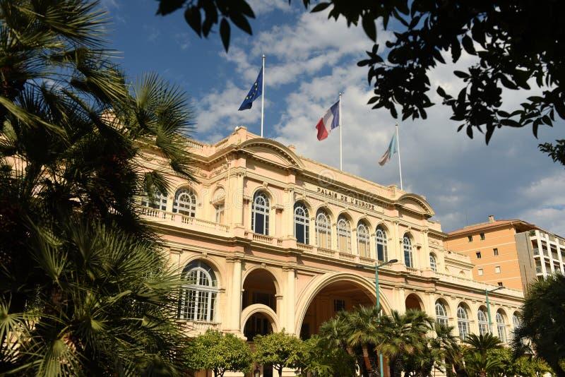 Palais de l'Europe i Menton, teater och konserthall i Menton Frankrike royaltyfri bild