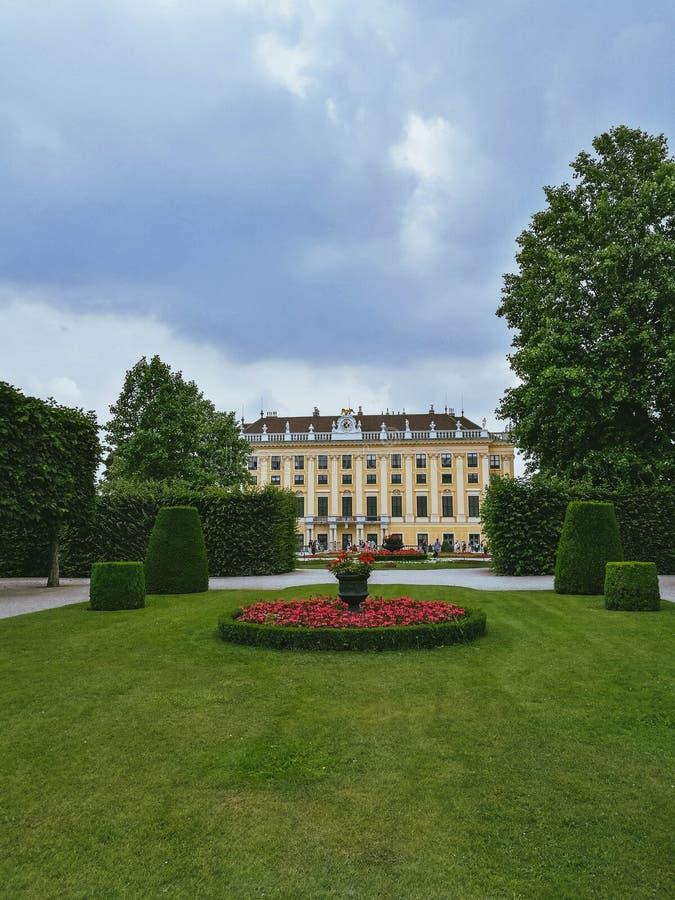 Palais de Schonbrunn, Vienne Scène de jardin photos stock