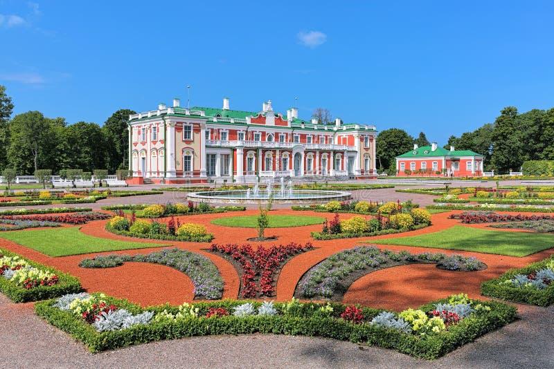 Palais et jardin d'agrément de Kadriorg à Tallinn, Estonie image stock
