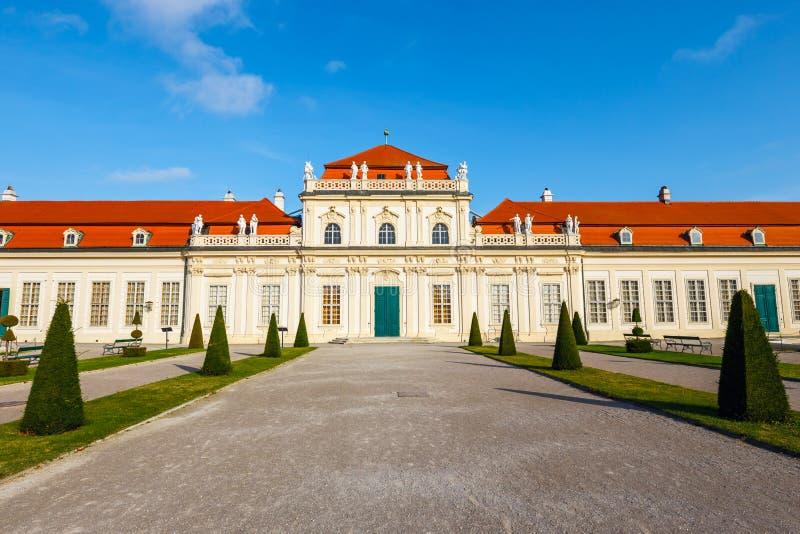 Palais et jardin de belvédère à Vienne images stock