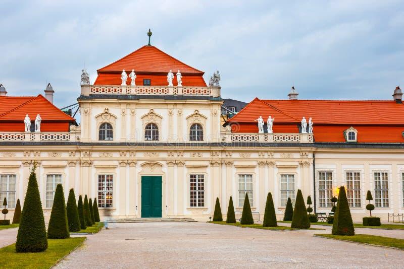 Palais et jardin de belvédère à Vienne image libre de droits