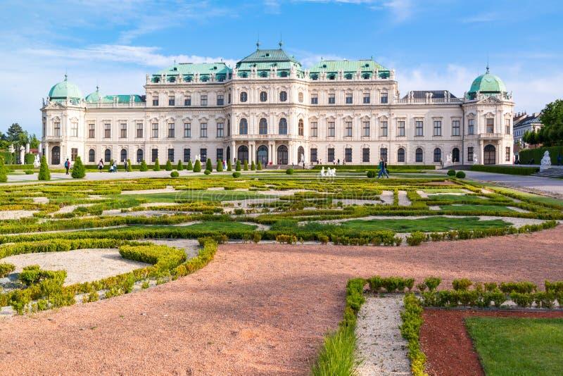 Palais et jardins supérieurs de belvédère à Vienne, Autriche photos stock