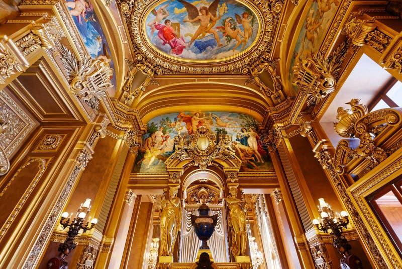 Palais Garnier, opera av Paris, inre och detaljer arkivbilder