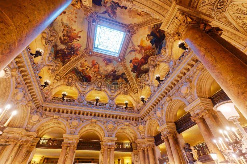 Palais Garnier, opera av Paris, inre och detaljer arkivfoton