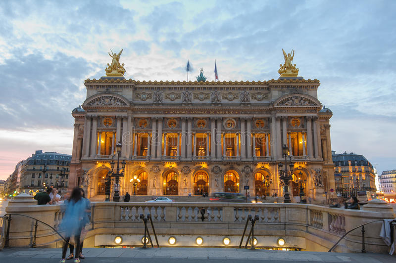 Download Palais Garnier, Opera A Parigi Immagine Editoriale - Immagine di entrata, cancello: 56887895