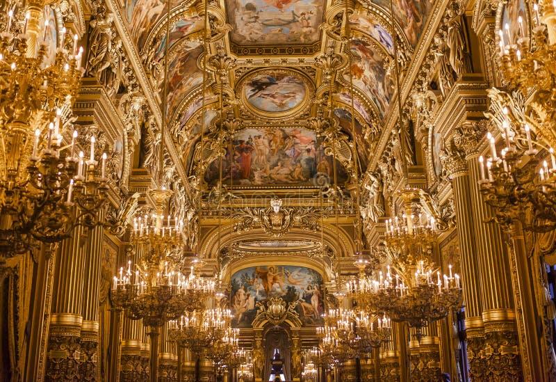 Palais Garnier, operan de Paris, inre och detaljerna royaltyfria foton