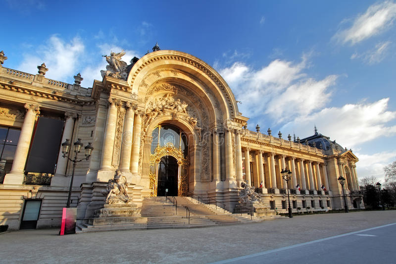 Palais grand célèbre - grand palais, Paris photos stock