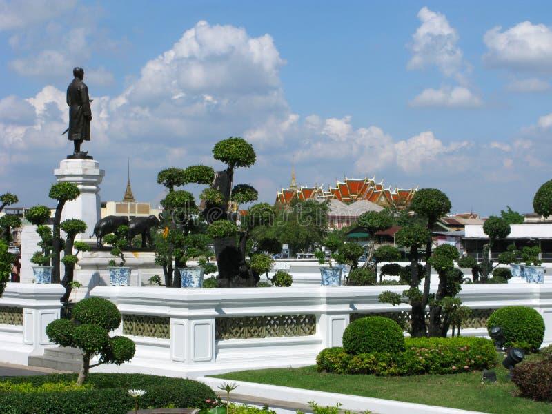 Palais grand, parc à Bangkok photos stock