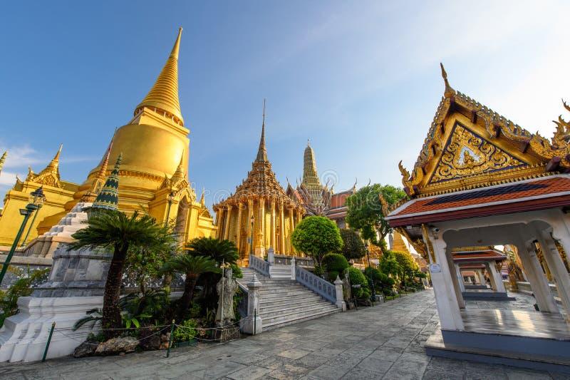 Palais grand royal une destination de touristes célèbre de Bangkok photos libres de droits