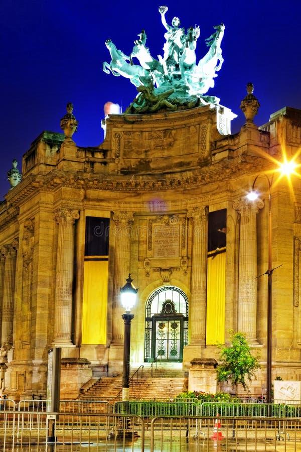 Palais grande (palácio grande) em Paris, França. fotografia de stock royalty free
