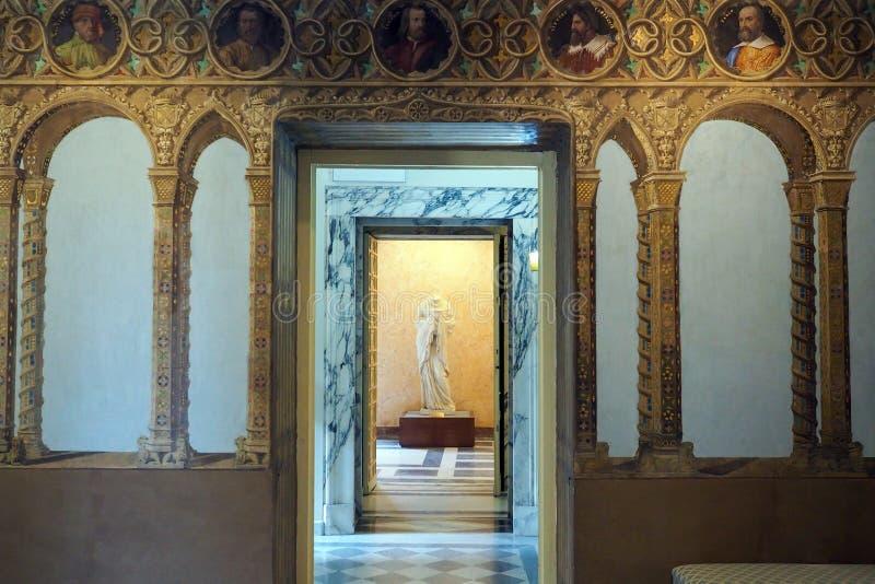 Palais néoclassique de villa Torlonia à Rome, Italie photo stock