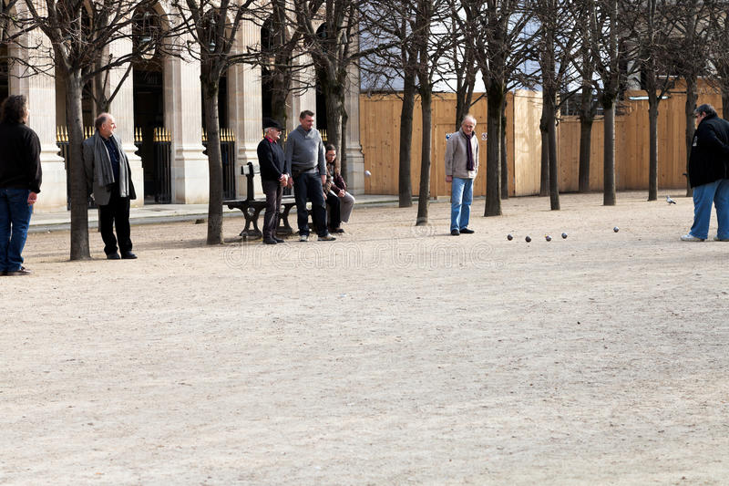 Palais Royaltuin (Jardins du Palais-Royal) in Parijs, Frankrijk stock foto