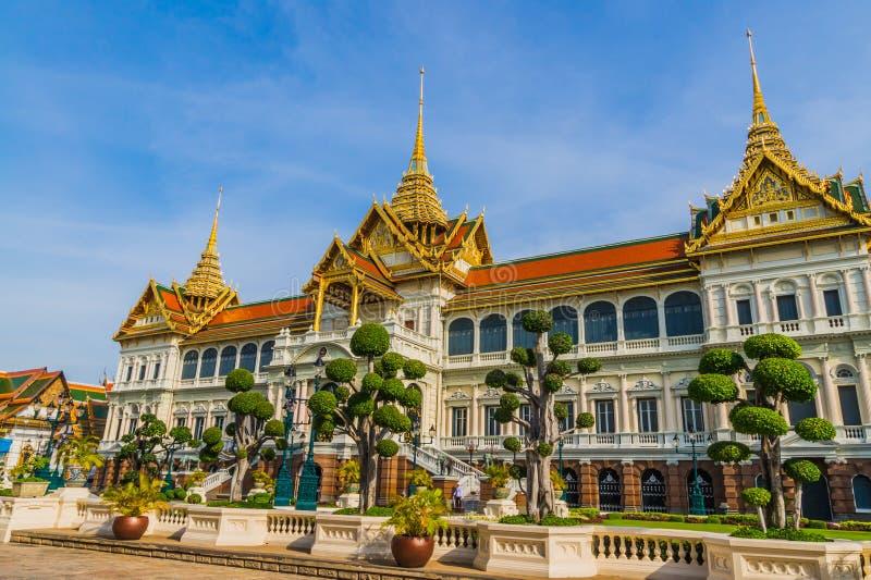 Palais thaï de presse-étoupe photos stock