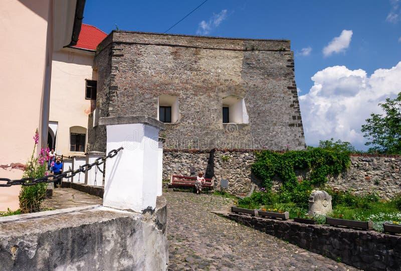 Palanok城堡的庭院 免版税库存图片