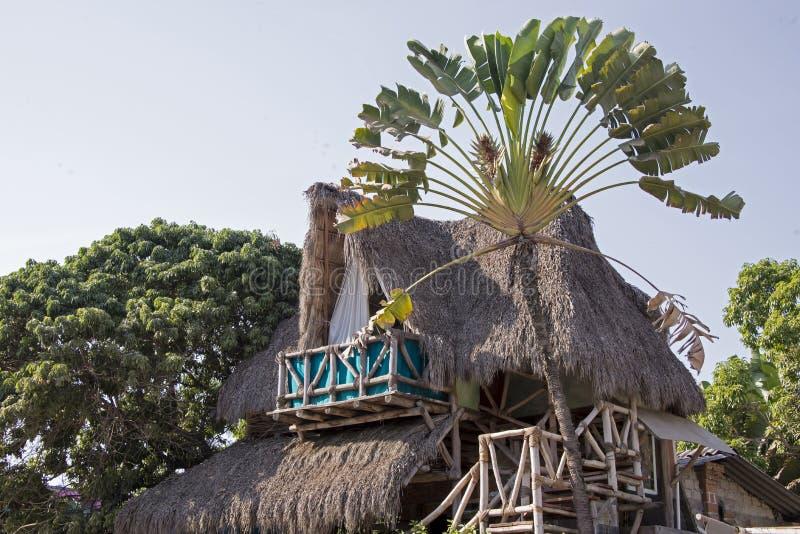 Palapa ha disegnato l'abitazione tropicale fotografia stock