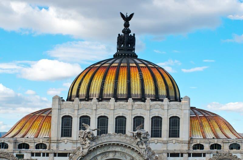 Palast Bellas Artes der schöner Kunst in Mexiko City lizenzfreie stockfotos