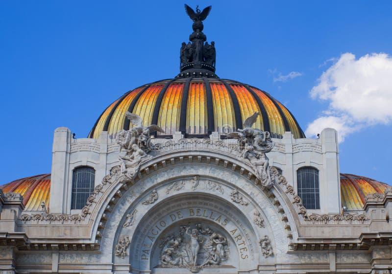 Palast Bellas Artes der schöner Kunst in Mexiko City lizenzfreies stockbild