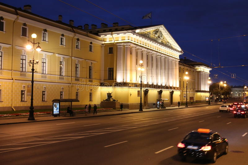 Palast nahe Einsiedlerei, Heiliges Peterburg stockfotografie