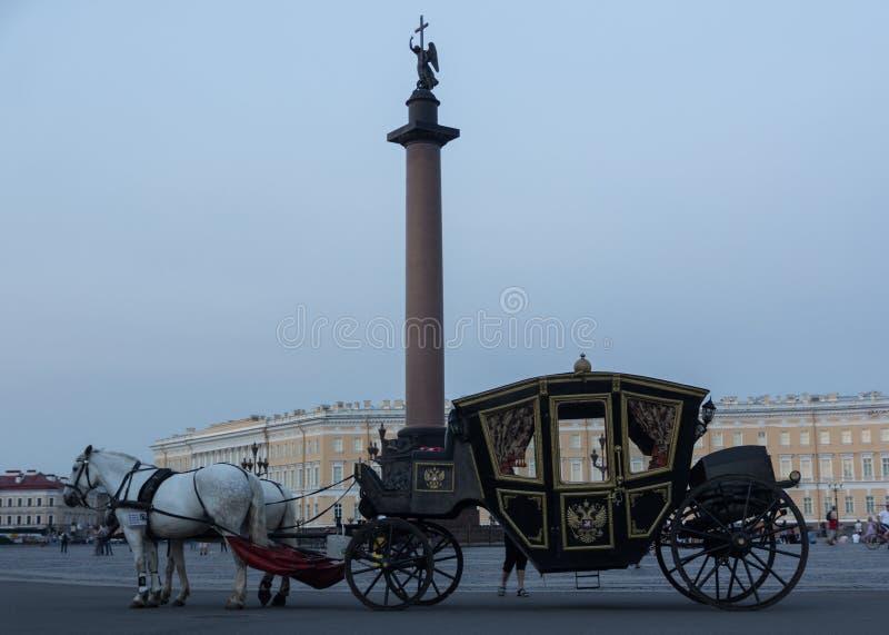 Palast-Quadrat, St Petersburg, Russland lizenzfreies stockfoto