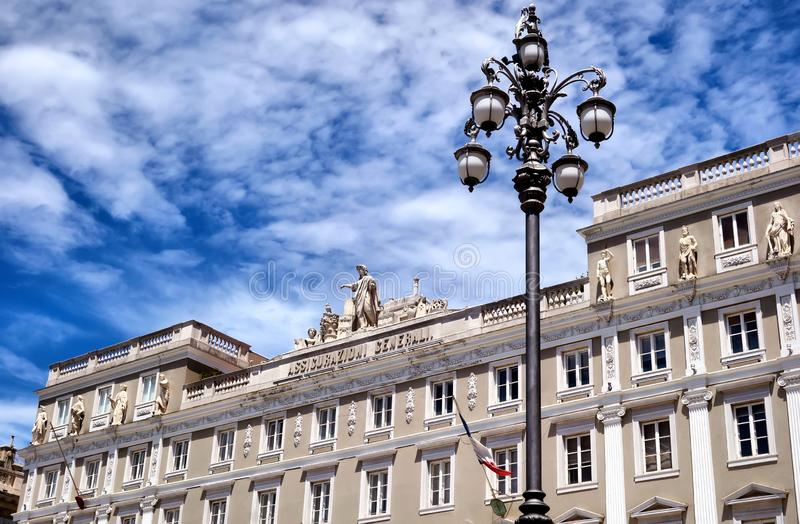 Palast Triest Assicurazioni Generali stockfotografie