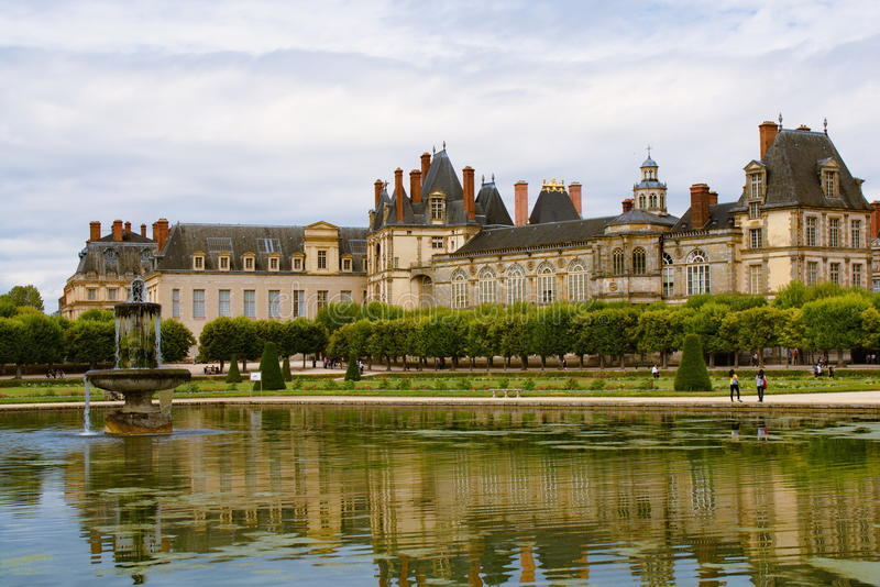 Palast von Fontainebleau lizenzfreie stockfotos
