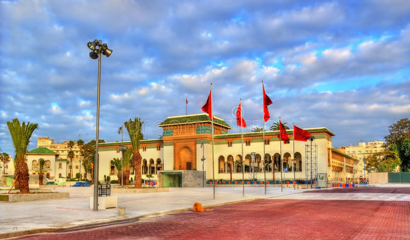 Palast von Gerechtigkeit auf Quadrat Mohameds V in Casablanca, Marokko lizenzfreie stockbilder