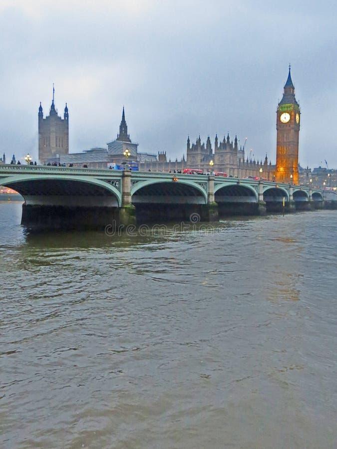 Palast von Westminster und Westminster-Brücke, Stadt von London, England stockfoto