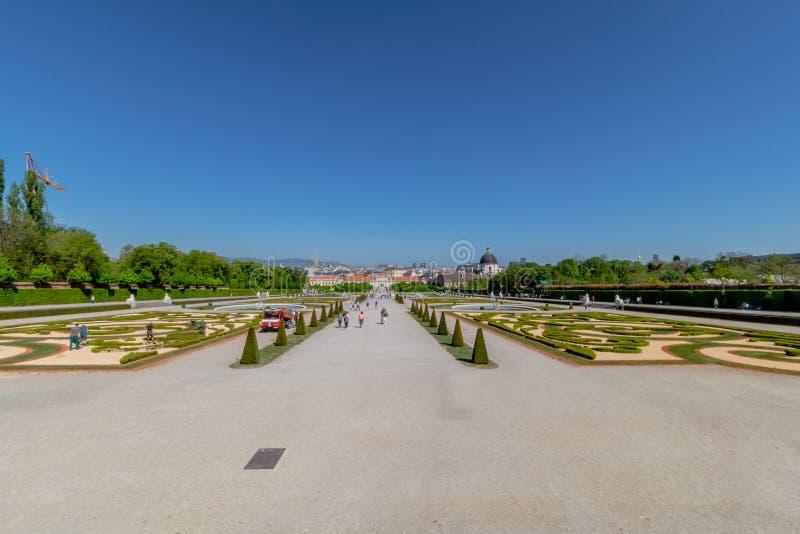 Palastgarten Belvedere in Wien, Österreich lizenzfreie stockfotos