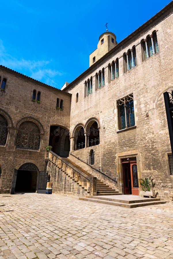 Palau de episcopal Barcelona - España fotos de archivo