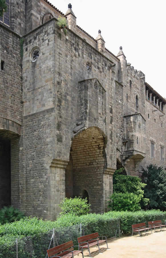 Palau medieval Reial en Barcelona fotografía de archivo libre de regalías