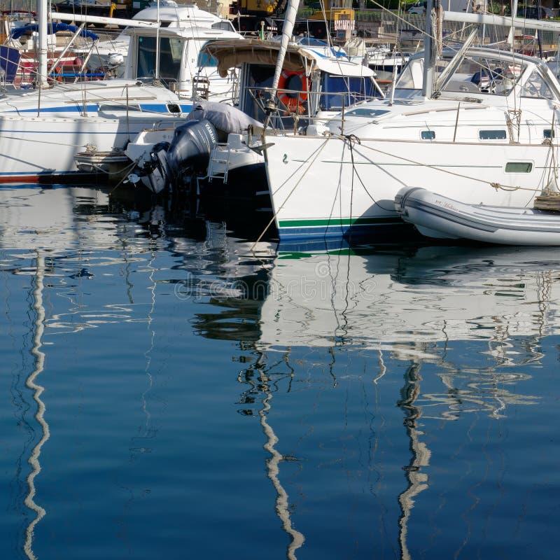 PALAU, SARDINIA/ITALY - MAJ 17: Marina przy Palau w Sardinia dalej obrazy stock