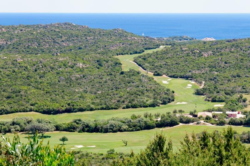 PALAU, SARDINIA/ITALY - MAJ 19: Pevero kij golfowy blisko Cala Di V zdjęcia royalty free