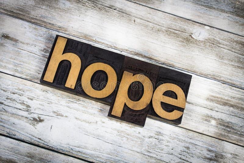 Palavra da tipografia da esperança no fundo de madeira foto de stock royalty free