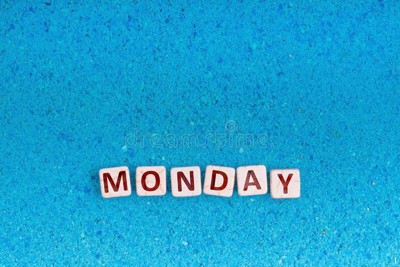 Palavra de segunda-feira na pedra fotos de stock