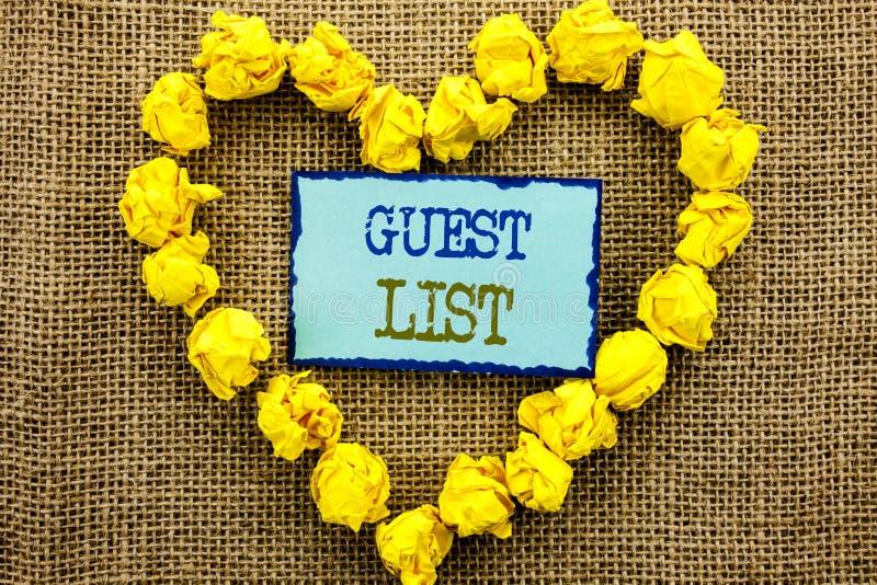 Palavra, escrita, conceito do negócio da lista do convidado do texto para o casamento planeando ou lista importantes dos convidad fotografia de stock royalty free